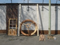 http://passiveactivism.net/files/gimgs/th-24_06yurt-at-uferstudios-berlin_larsschmidt.jpg